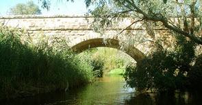 Avenal Huges Creek bridge